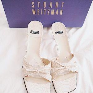 Stuart Weitzman Bozo Kitten Heel (MSRP $198)